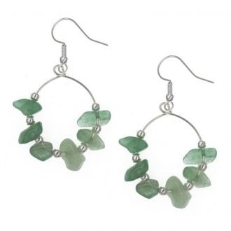 Groene oorbellen met steentjes