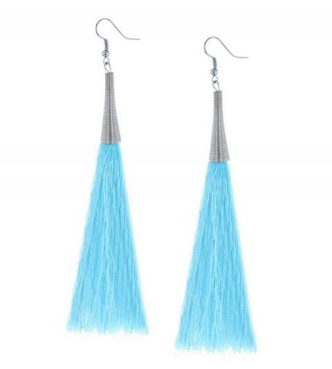 lichtblauwe-kwast-oorbellen-xl